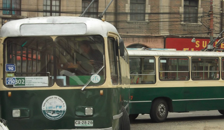 Passeio de ônibus turístico em Valparaíso