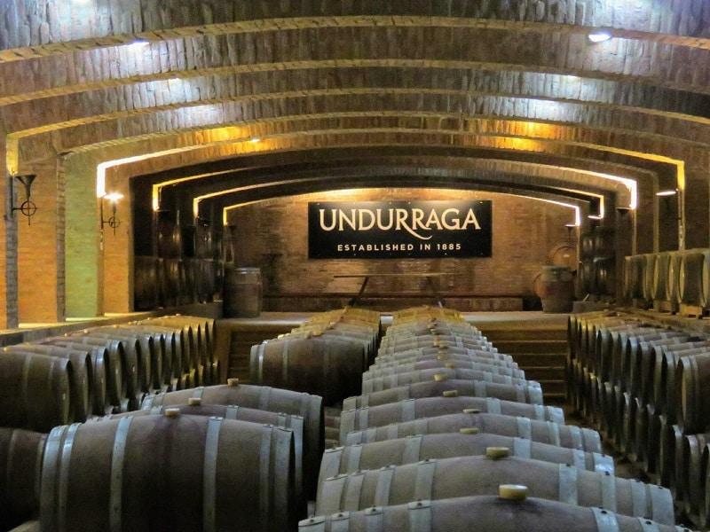 Vinícola Undurraga no Chile - Barris