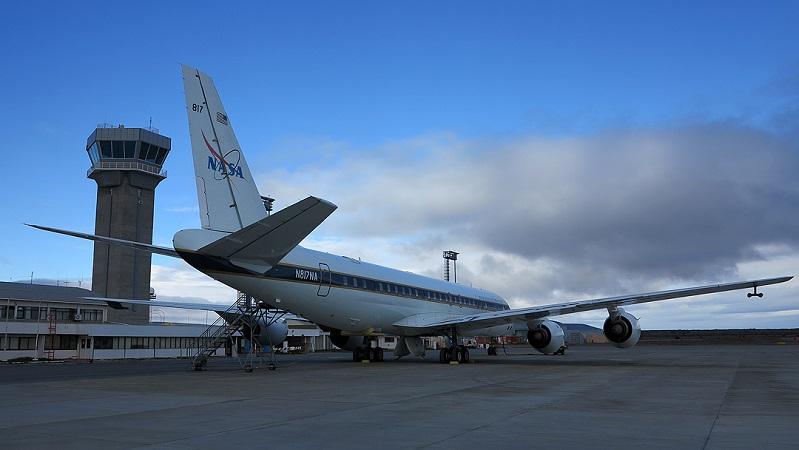 Avião no aeroporto de Punta Arenas